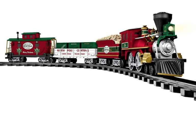 25 Lionel Christmas Trains