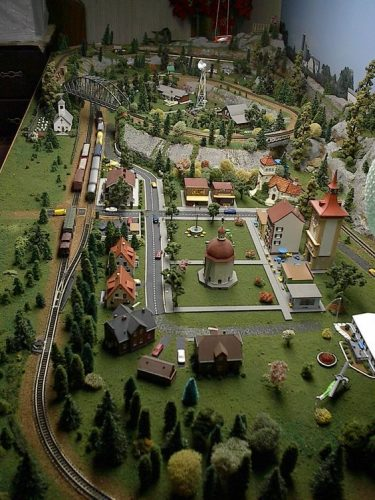 15 Amazing Model Train Layouts WITH VIDEOS   Toy Train ...